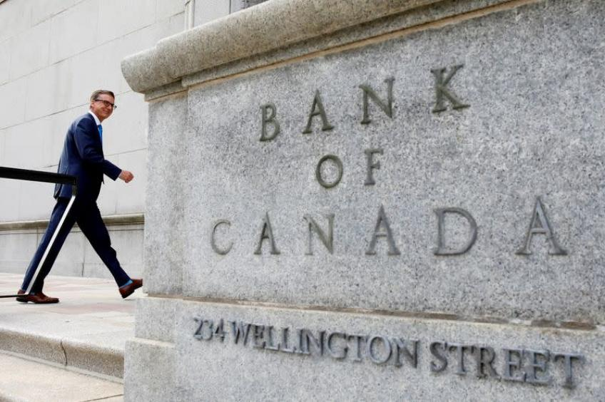 Ottawa's Banque du Canada signals rate hike in late-2022, tapers bond purchase
