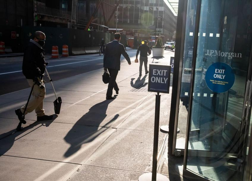 US Job openings jump to fresh record high in April; layoffs hit all-time low