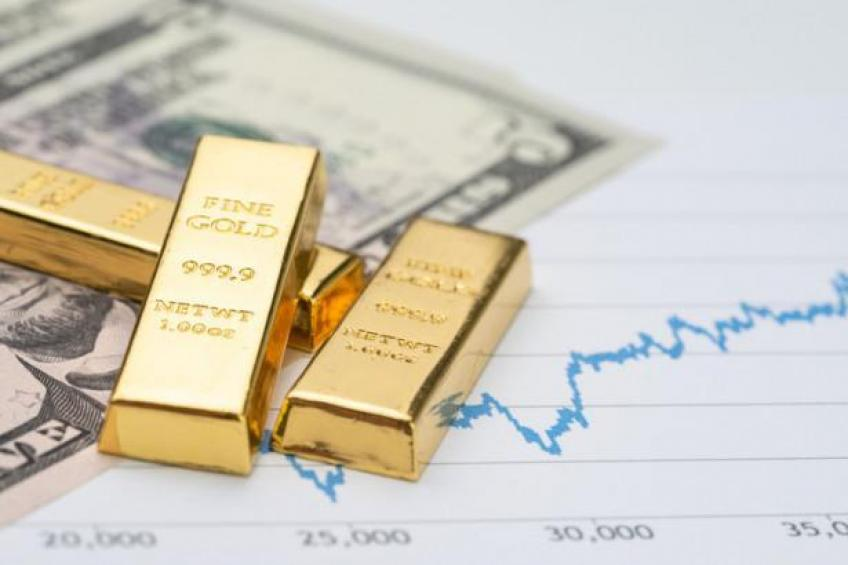 Gold ends week below $1,900/ounce as Dollar gains on 'transitory' inflation view