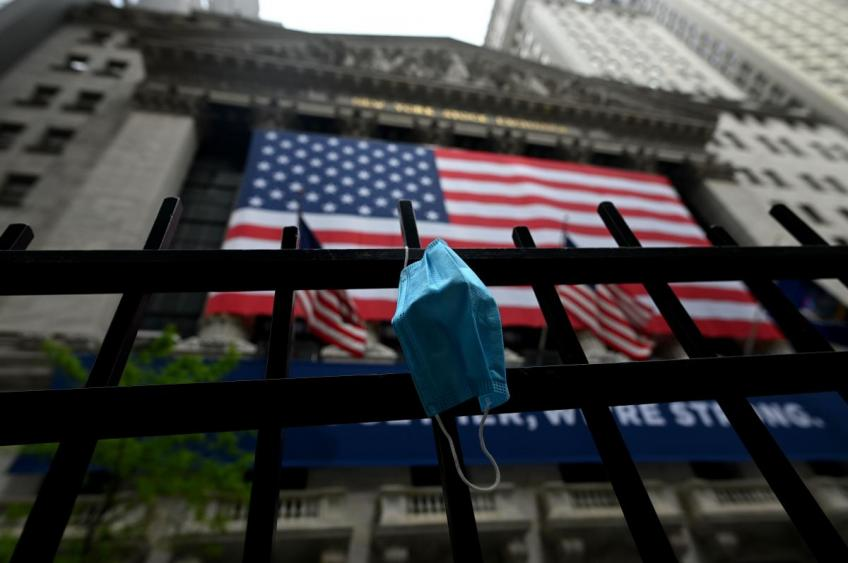Wall St. witnesses brutal sell-off wave as Delta variant stokes new lockdown fears