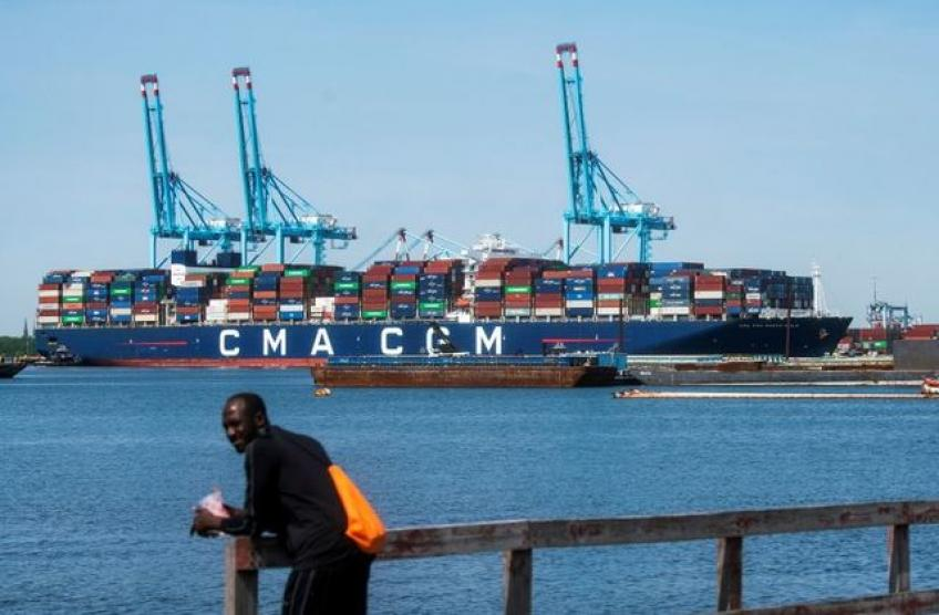French shipping giant CMA CGM to halt freight rate hikes until February