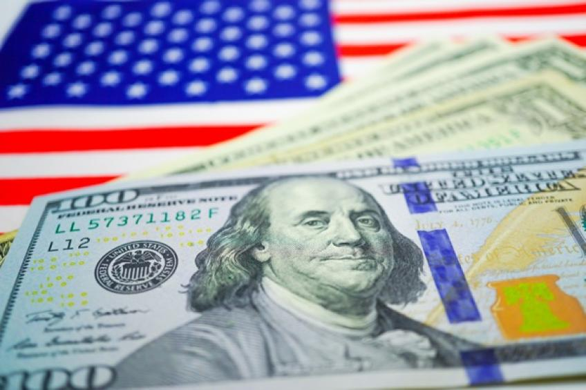 US Dollar retreats from one-year peak after inflation data, FOMC Minutes