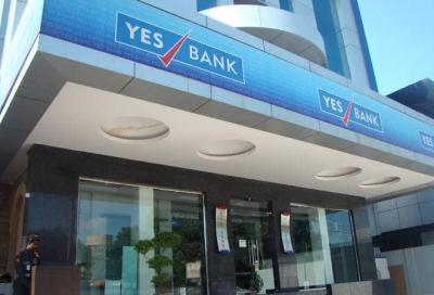 BSE, Nifty crash as Yes Bank's quarterly margins dip