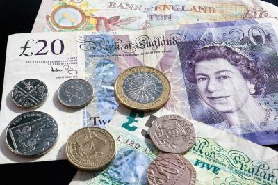 Sterling holds below $1.30 as Conservatives lead in opinion polls