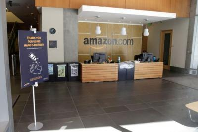 Amazon entices warehouse employees to grocery units with higher pay offs