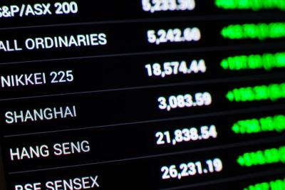 Asian stocks slump; gold and oil offer brace