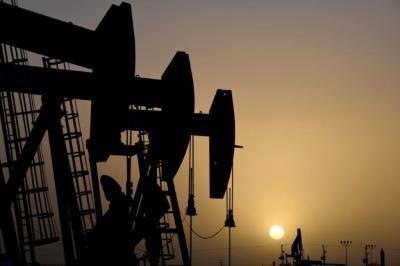 Oil climbs over 4 per cent despite rise in US inventories as risk-appetite roars back